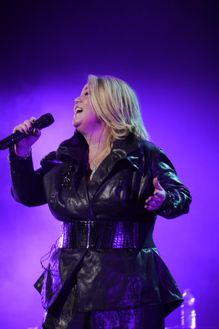 Has Jann Arden ever been married? Is she dating anyone?