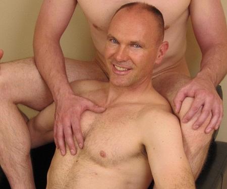 2011 08 01 DJ3JUE94HC FREE gay porn vids   Gay