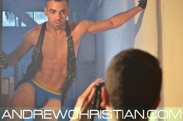 Jason Medina Twitter GayCalgary.com - NEW V...
